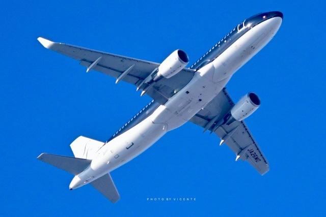 VICENTE AGEMATSUさんが、羽田空港で撮影したスターフライヤー A320-214の航空フォト(飛行機 写真・画像)