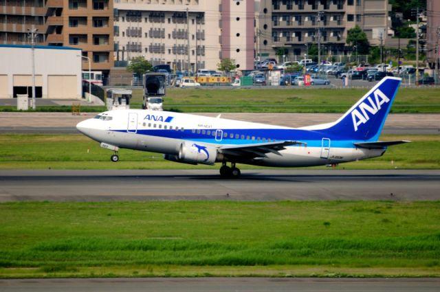 まいけるさんが、福岡空港で撮影したエアーネクスト 737-5Y0の航空フォト(飛行機 写真・画像)