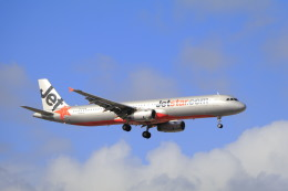 しかばねさんが、シドニー国際空港で撮影したジェットスター A321-231の航空フォト(飛行機 写真・画像)