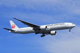 飛行機ゆうちゃんさんが、羽田空港で撮影した日本航空 777-346/ERの航空フォト(飛行機 写真・画像)