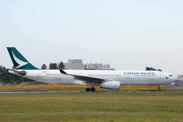 SGR RT 改さんが、成田国際空港で撮影したキャセイパシフィック航空 A330-343Xの航空フォト(飛行機 写真・画像)