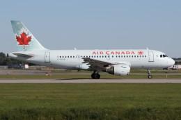 JETBIRDさんが、モントリオール・ピエール・エリオット・トルドー国際空港で撮影したエア・カナダ A319-114の航空フォト(飛行機 写真・画像)
