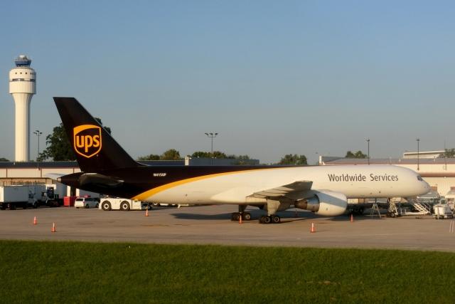 シャーロット ダグラス国際空港 - Charlotte/Douglas International Airport [CLT/KCLT]で撮影されたシャーロット ダグラス国際空港 - Charlotte/Douglas International Airport [CLT/KCLT]の航空機写真(フォト・画像)
