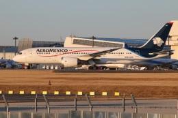 kahluamilkさんが、成田国際空港で撮影したアエロメヒコ航空 787-8 Dreamlinerの航空フォト(飛行機 写真・画像)