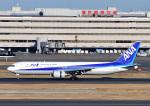 じーく。さんが、羽田空港で撮影した全日空 767-381の航空フォト(飛行機 写真・画像)