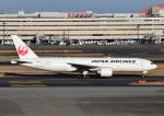 じーく。さんが、羽田空港で撮影した日本航空 777-246/ERの航空フォト(飛行機 写真・画像)