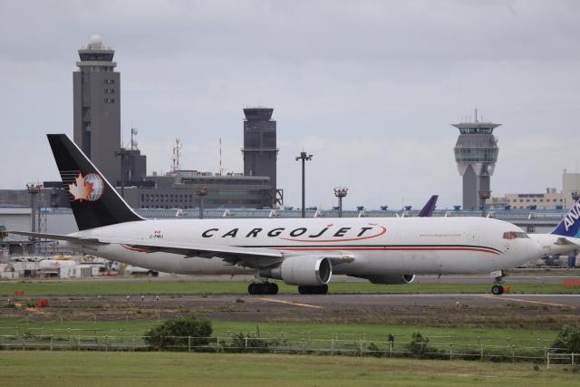 m_aereo_iさんが、成田国際空港で撮影したカーゴジェット・エアウェイズ 767-328/ER(BDSF)の航空フォト(飛行機 写真・画像)