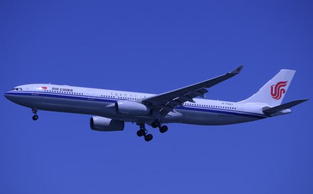 びっぐむ~ん3さんが、羽田空港で撮影した中国国際航空 A330-343Xの航空フォト(飛行機 写真・画像)