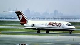 cathay451さんが、サンディエゴ国際空港で撮影したミッドウェイ航空 DC-9-15の航空フォト(飛行機 写真・画像)