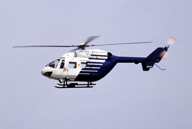 なごやんさんが、名古屋飛行場で撮影したファーストエアートランスポート BK117B-1の航空フォト(飛行機 写真・画像)