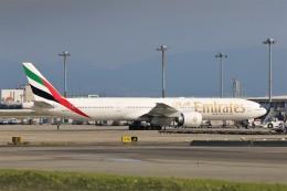 PW4090さんが、関西国際空港で撮影したエミレーツ航空 777-31H/ERの航空フォト(飛行機 写真・画像)