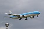 やまけんさんが、成田国際空港で撮影したKLMオランダ航空 777-306/ERの航空フォト(飛行機 写真・画像)