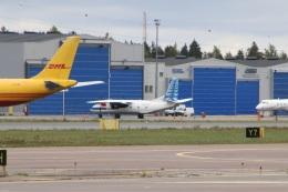 kahluamilkさんが、ヘルシンキ空港で撮影したラフ・アヴィア An-26Bの航空フォト(飛行機 写真・画像)
