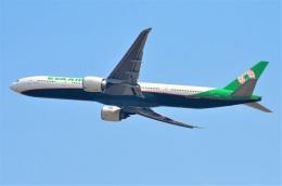 amagoさんが、スワンナプーム国際空港で撮影したエバー航空 777-35E/ERの航空フォト(飛行機 写真・画像)