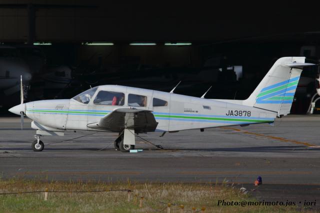 いおりさんが、八尾空港で撮影した日本法人所有 PA-28RT-201T Turbo Arrow IVの航空フォト(飛行機 写真・画像)