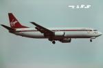 tassさんが、ロンドン・ガトウィック空港で撮影したヴァージン・アトランティック航空 737-4Y0の航空フォト(飛行機 写真・画像)