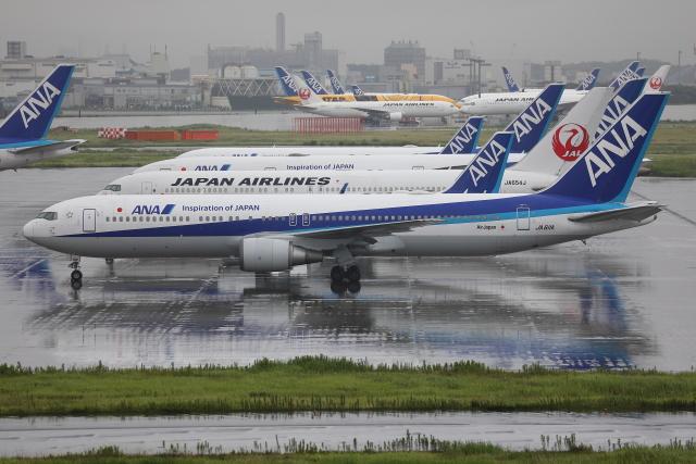TIA spotterさんが、羽田空港で撮影した全日空 767-381/ERの航空フォト(飛行機 写真・画像)