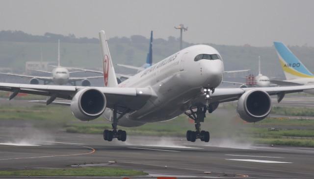 VIPERさんが、羽田空港で撮影した日本航空 A350-941の航空フォト(飛行機 写真・画像)