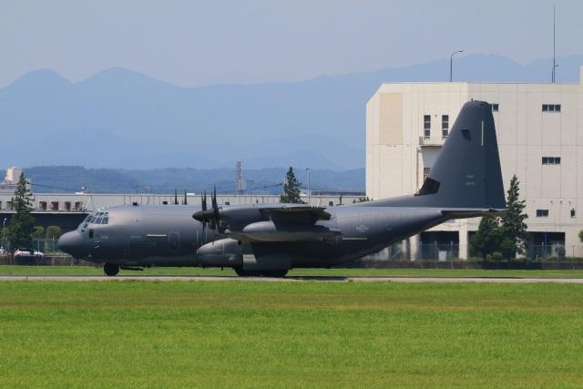 F-4さんが、横田基地で撮影したアメリカ空軍 MC-130J Herculesの航空フォト(飛行機 写真・画像)