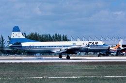 パール大山さんが、マイアミ国際空港で撮影したタン・ホンジュラス L-188A Electraの航空フォト(飛行機 写真・画像)