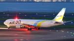 誘喜さんが、羽田空港で撮影したAIR DO 767-381/ERの航空フォト(飛行機 写真・画像)