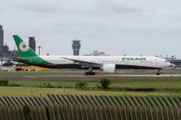 ぎんじろーさんが、成田国際空港で撮影したエバー航空 777-35E/ERの航空フォト(飛行機 写真・画像)