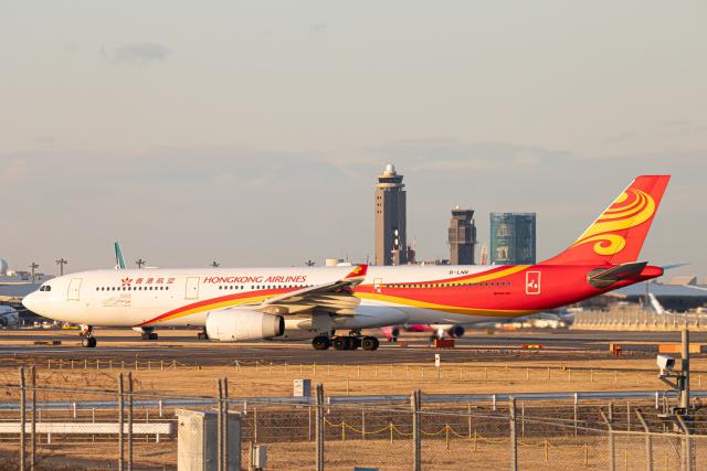 SGR RT 改さんが、成田国際空港で撮影した香港航空 A330-343Xの航空フォト(飛行機 写真・画像)