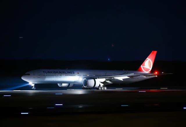 SGR RT 改さんが、成田国際空港で撮影したターキッシュ・エアラインズ 777-3F2/ERの航空フォト(飛行機 写真・画像)