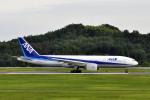 Gambardierさんが、岡山空港で撮影した全日空 777-281/ERの航空フォト(飛行機 写真・画像)