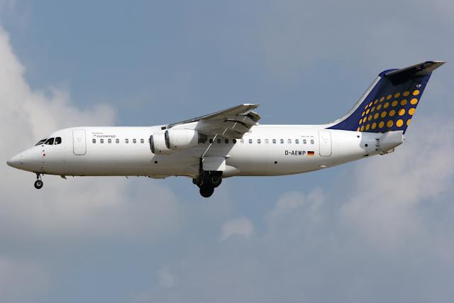 Hariboさんが、フランクフルト国際空港で撮影したユーロウイングス BAe-146-300の航空フォト(飛行機 写真・画像)