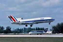 パール大山さんが、マイアミ国際空港で撮影したラクサ 727-2Q6/Advの航空フォト(飛行機 写真・画像)