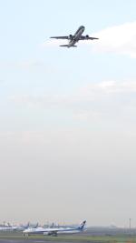 誘喜さんが、羽田空港で撮影したスターフライヤー A320-214の航空フォト(飛行機 写真・画像)