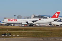 いおりさんが、成田国際空港で撮影したスイスインターナショナルエアラインズ A340-313Xの航空フォト(飛行機 写真・画像)