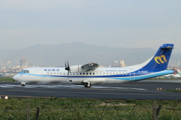 ceskykrumlovさんが、台北松山空港で撮影したマンダリン航空 ATR-72-600の航空フォト(飛行機 写真・画像)