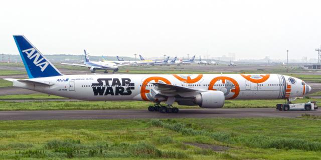 tkosadaさんが、羽田空港で撮影した全日空 777-381/ERの航空フォト(飛行機 写真・画像)