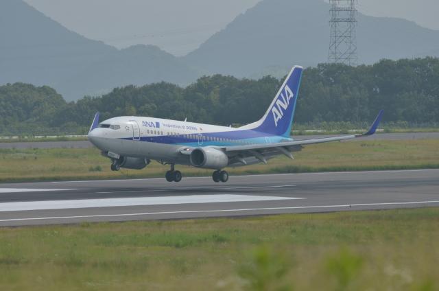 OZISANさんが、高松空港で撮影した全日空 737-781の航空フォト(飛行機 写真・画像)