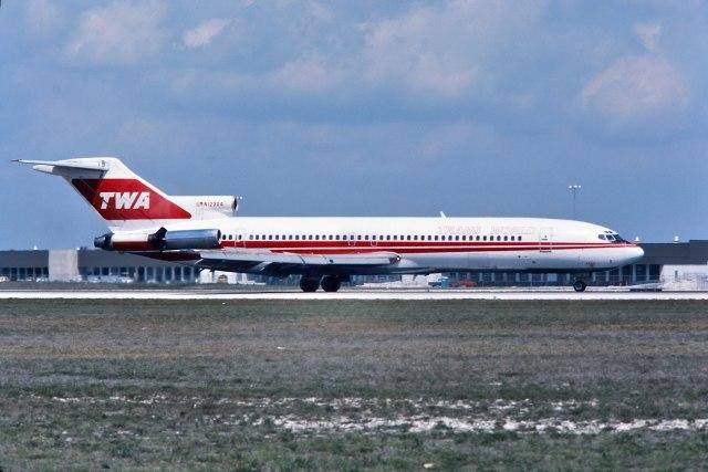 パール大山さんが、マイアミ国際空港で撮影したトランス・ワールド航空 727-231の航空フォト(飛行機 写真・画像)