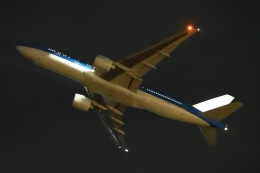 木人さんが、成田国際空港で撮影したKLMオランダ航空 777-206/ERの航空フォト(飛行機 写真・画像)