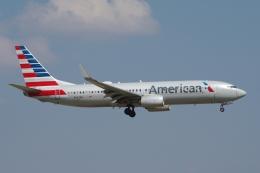 zettaishinさんが、ダラス・フォートワース国際空港で撮影したアメリカン航空 737-823の航空フォト(飛行機 写真・画像)