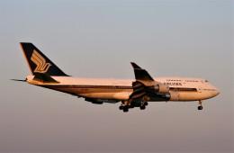 にしやんさんが、成田国際空港で撮影したシンガポール航空 747-412の航空フォト(飛行機 写真・画像)