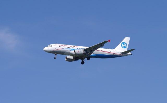 kotaちゃんさんが、成田国際空港で撮影したウラジオストク航空 A320-214の航空フォト(飛行機 写真・画像)