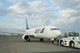 Hiro-hiroさんが、羽田空港で撮影したスカイマーク 737-86Nの航空フォト(飛行機 写真・画像)