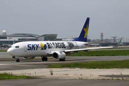 Yusuke✈︎さんが、福岡空港で撮影したスカイマーク 737-86Nの航空フォト(飛行機 写真・画像)