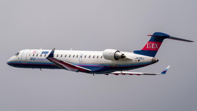 K.Sさんが、伊丹空港で撮影したアイベックスエアラインズ CL-600-2C10 Regional Jet CRJ-702ERの航空フォト(飛行機 写真・画像)