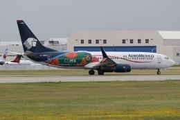 JETBIRDさんが、モントリオール・ピエール・エリオット・トルドー国際空港で撮影したアエロメヒコ航空 737-852の航空フォト(飛行機 写真・画像)