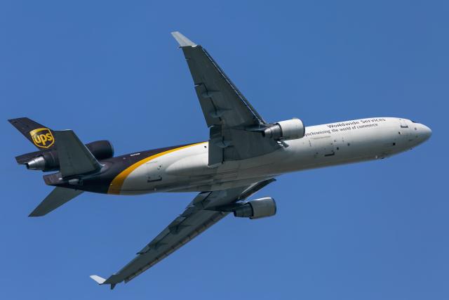 mameshibaさんが、成田国際空港で撮影したUPS航空 MD-11Fの航空フォト(飛行機 写真・画像)