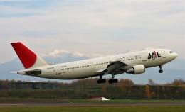 にしやんさんが、旭川空港で撮影した日本航空 A300B4-622Rの航空フォト(飛行機 写真・画像)