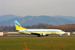 にしやんさんが、旭川空港で撮影したAIR DO 737-4Y0の航空フォト(飛行機 写真・画像)