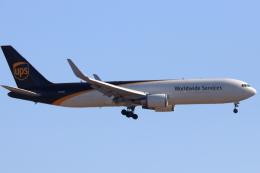 キャスバルさんが、フェニックス・スカイハーバー国際空港で撮影したUPS航空 767-34AF/ERの航空フォト(飛行機 写真・画像)