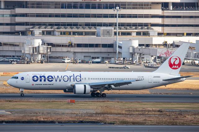 SGR RT 改さんが、羽田空港で撮影した日本航空 767-346の航空フォト(飛行機 写真・画像)